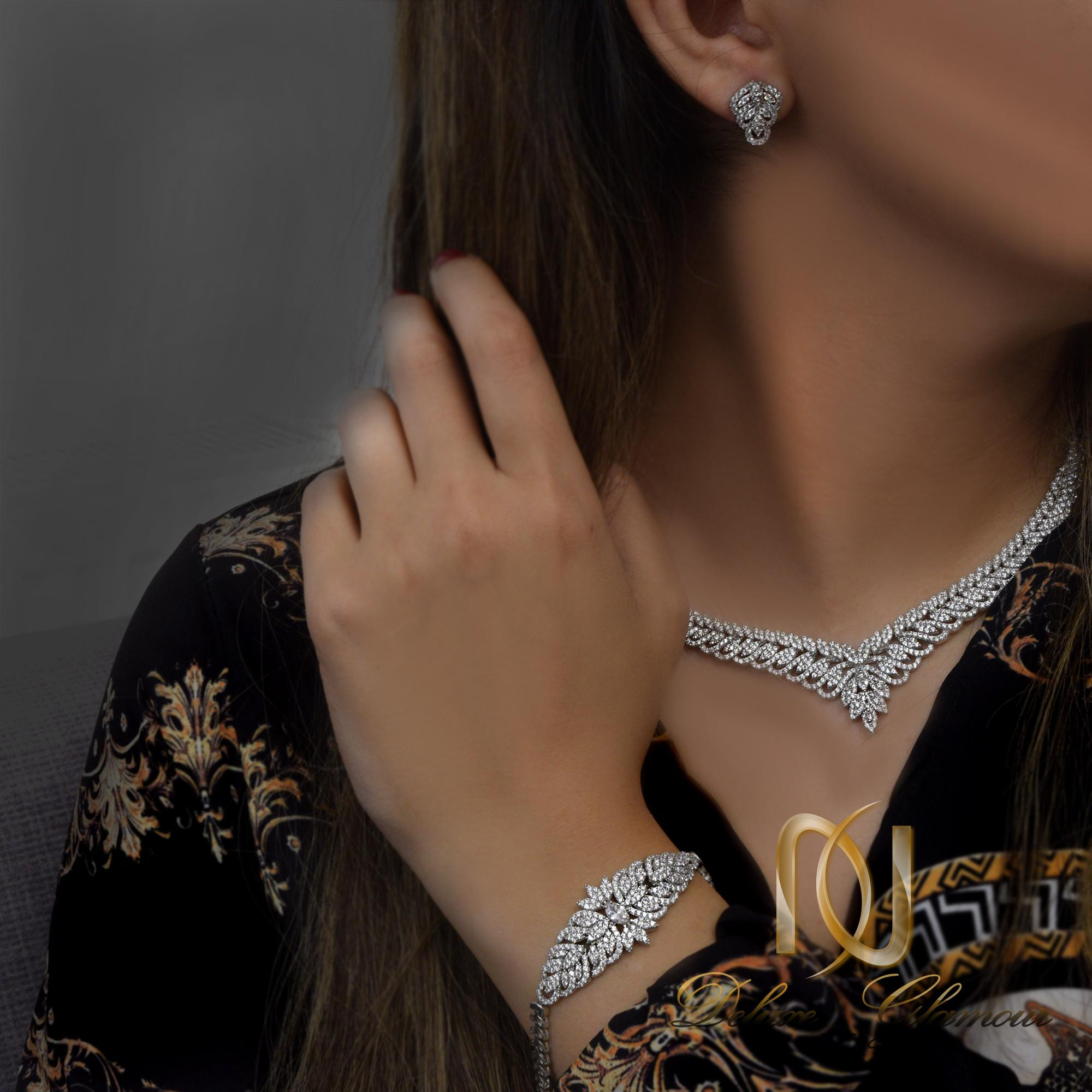 سرویس عروس نقره طرح جواهری ns-n257 از نمای روبرو