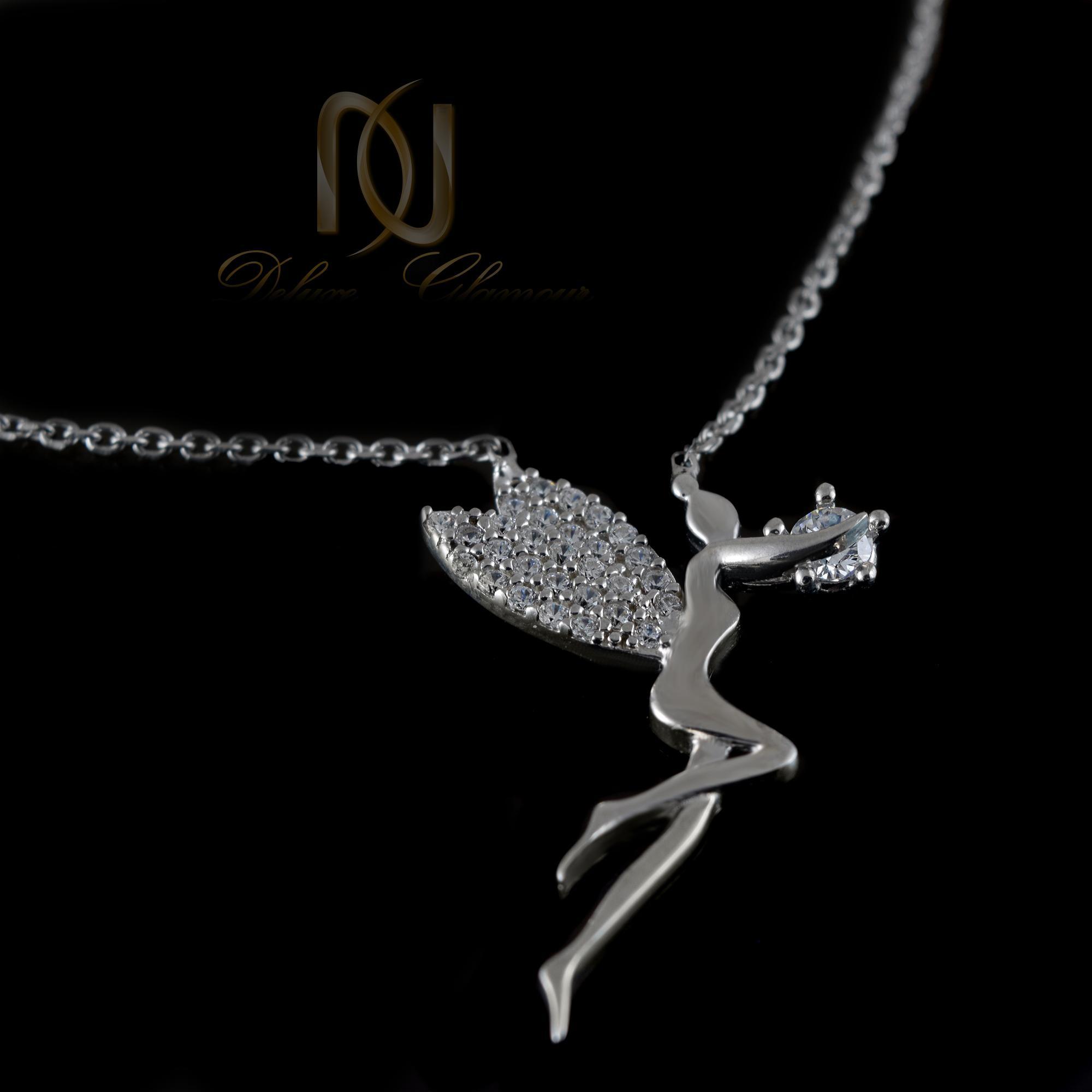 گردنبند نقره دخترانه طرح فرشته nw-n403 از نمای مشکی