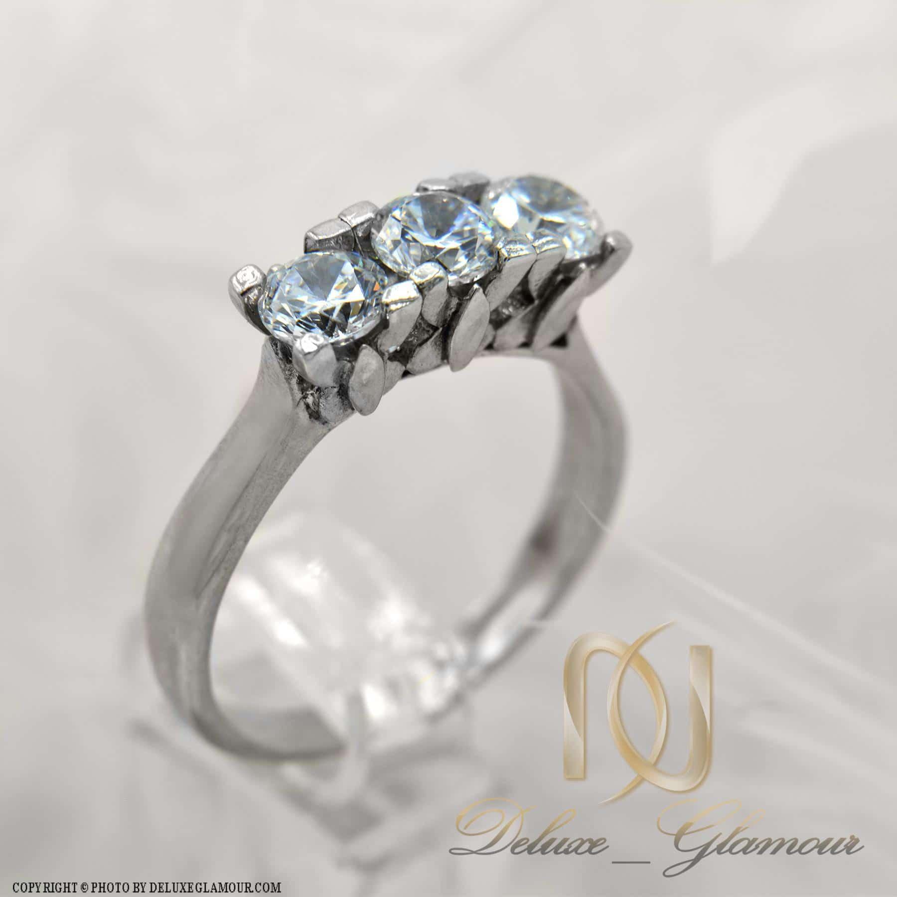 انگشتر نقره دخترانه سه نگین ظریف rg-n290 از نمای سفید