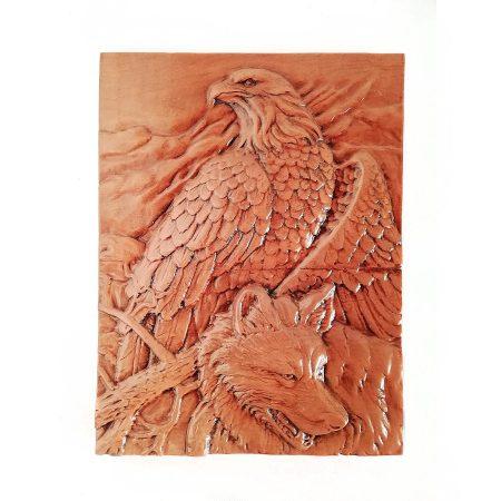 تابلو چوبی نقش برجسته سه بعدی منبت گرگ و عقاب طرح dc-03