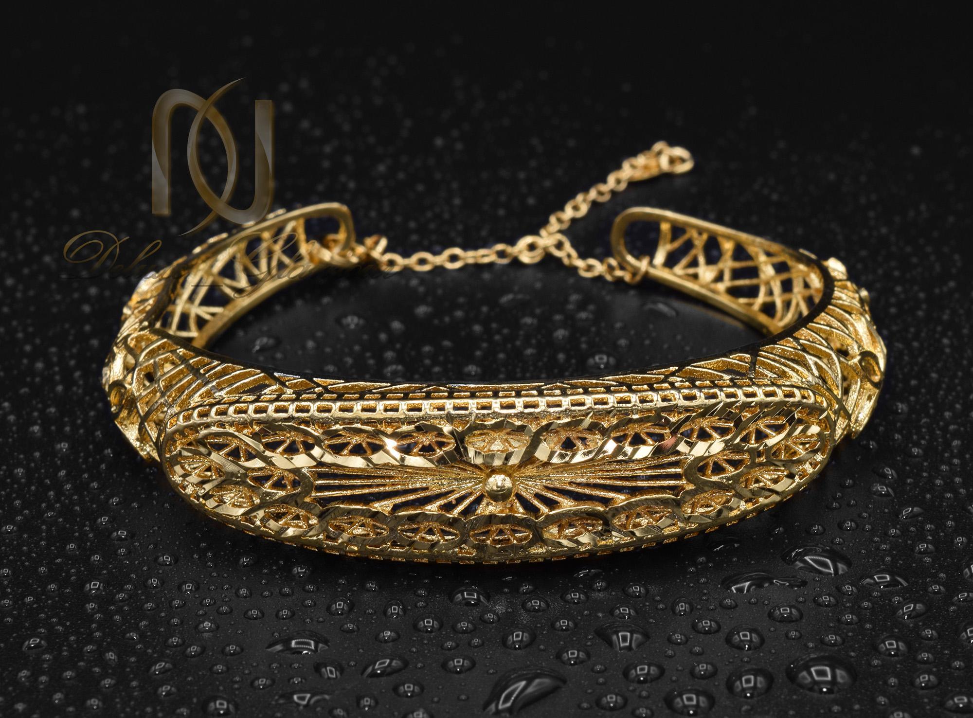 دستبند زنانه برنجی طرح طلا ds-n370 از نمای مشکی