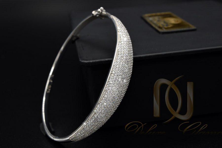 دستبند زنانه نقره نگین دار طرح جدید ds-n377 از نمای مشکی