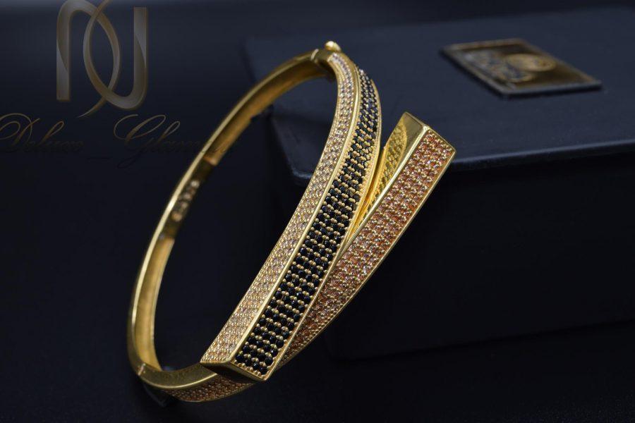 دستبند نقره زنانه طرح جدید طلایی DS-N375 از نمای مشکی