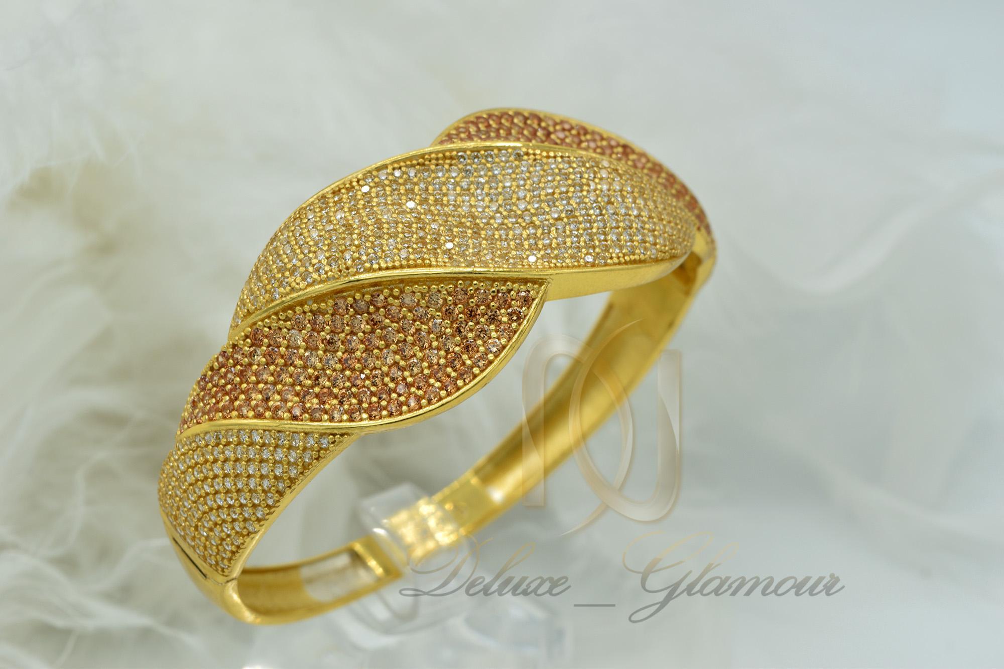 دستبند نقره زنانه طلایی نگین دار DS-N363 از نمای روبرو