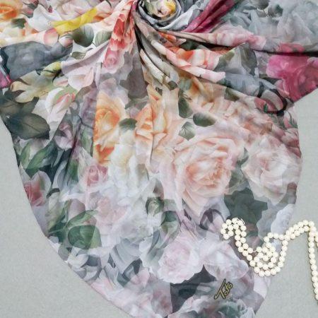 روسری نخی مدل جدید بهاره دور دست دوزsr-n246 از نمای نزدیک