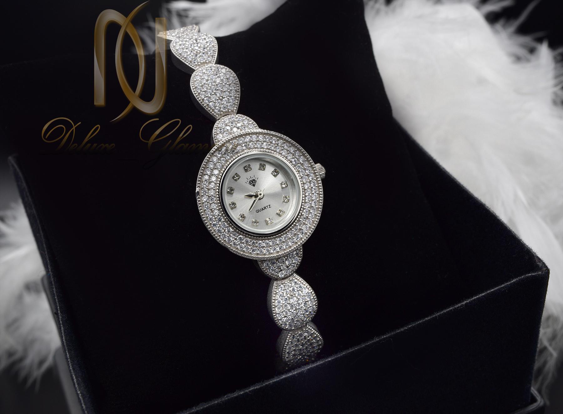 ساعت نقره زنانه جواهری طرح اشک wh-n127 از نمای مشکی