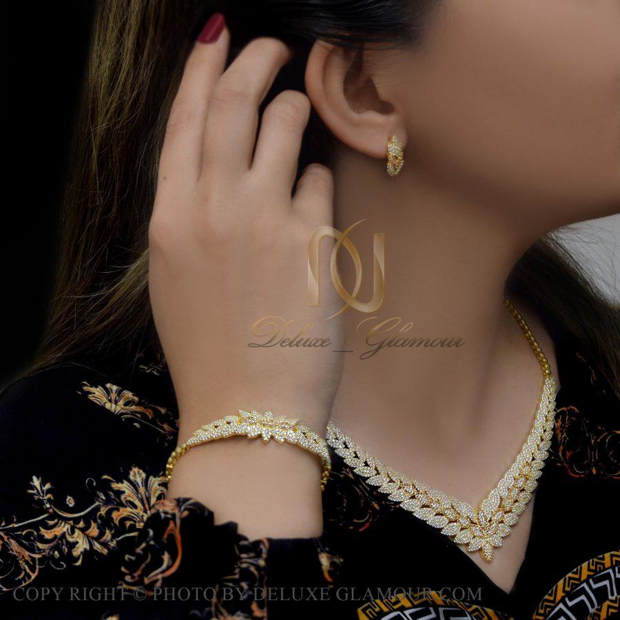 سرویس نقره طرح جدید طلایی نگین دار ns-n418 از نمای روبرو