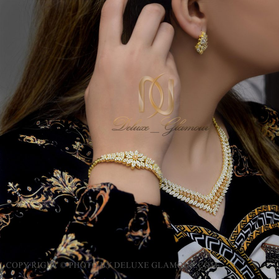 سرویس نقره عروس طلایی پر نگین ns-n417 از نمای روبرو