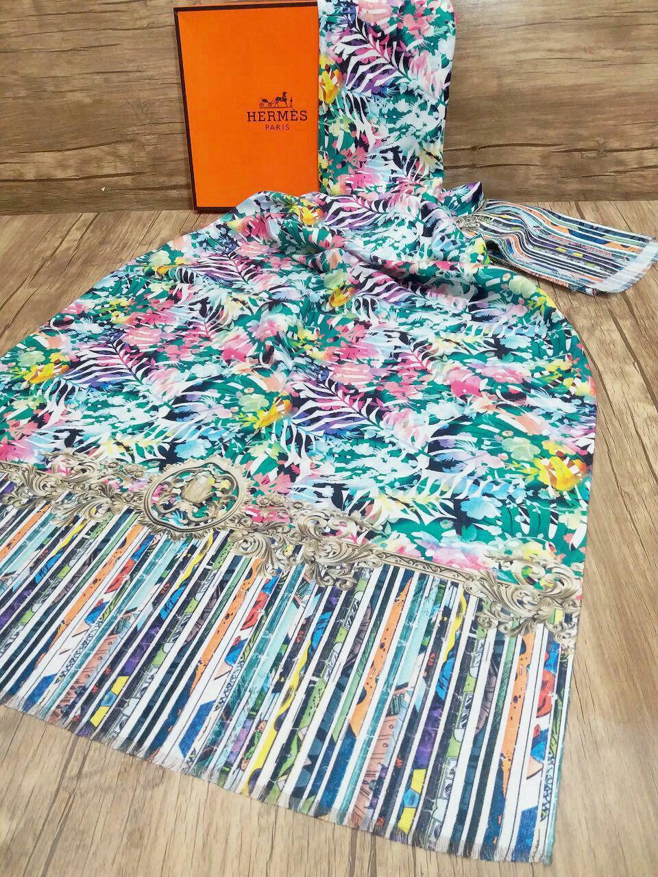 شال پاییزه جدید موهر چاپ دیجیتالsr-n238 از نمای بالا