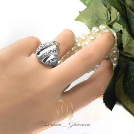 انگشتر زنانه نقره تراش طرح طلا rg-n306 از نمای روی دست