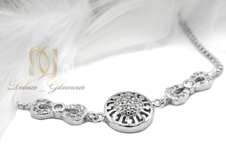 دستبند دخترانه استیل طرح بی نهایت نقره ای ds-n404 از نمای نزدیک
