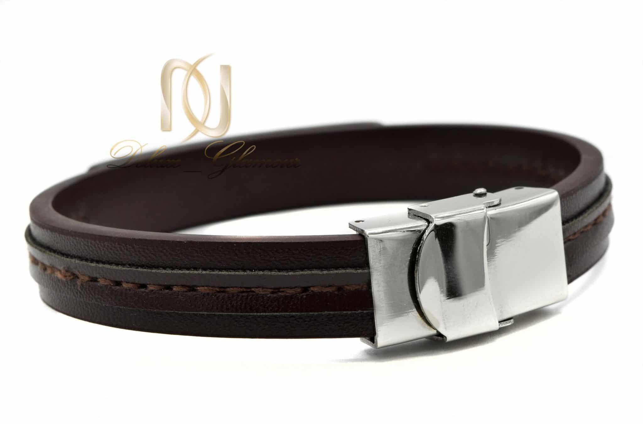 دستبند چرم مردانه طرح گوچی ds-n390 از نمای پشت