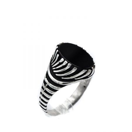 انگشتر مردانه نقره ترکیه تم مشکی RG-N340 از نمای روبرو