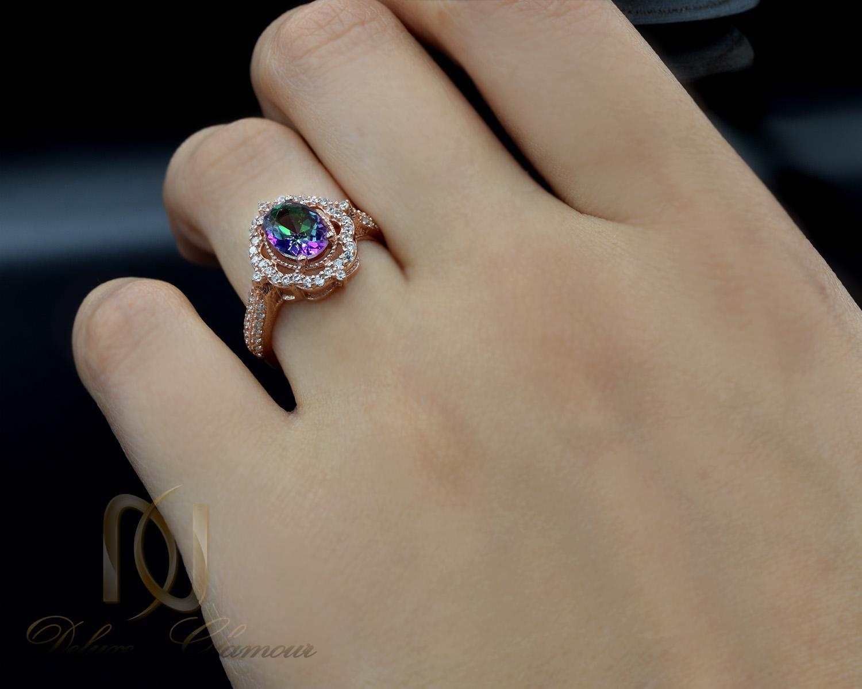 انگشتر نقره زنانه رزگلد نگین هفت رنگ rg-n327 از نمای روی دست