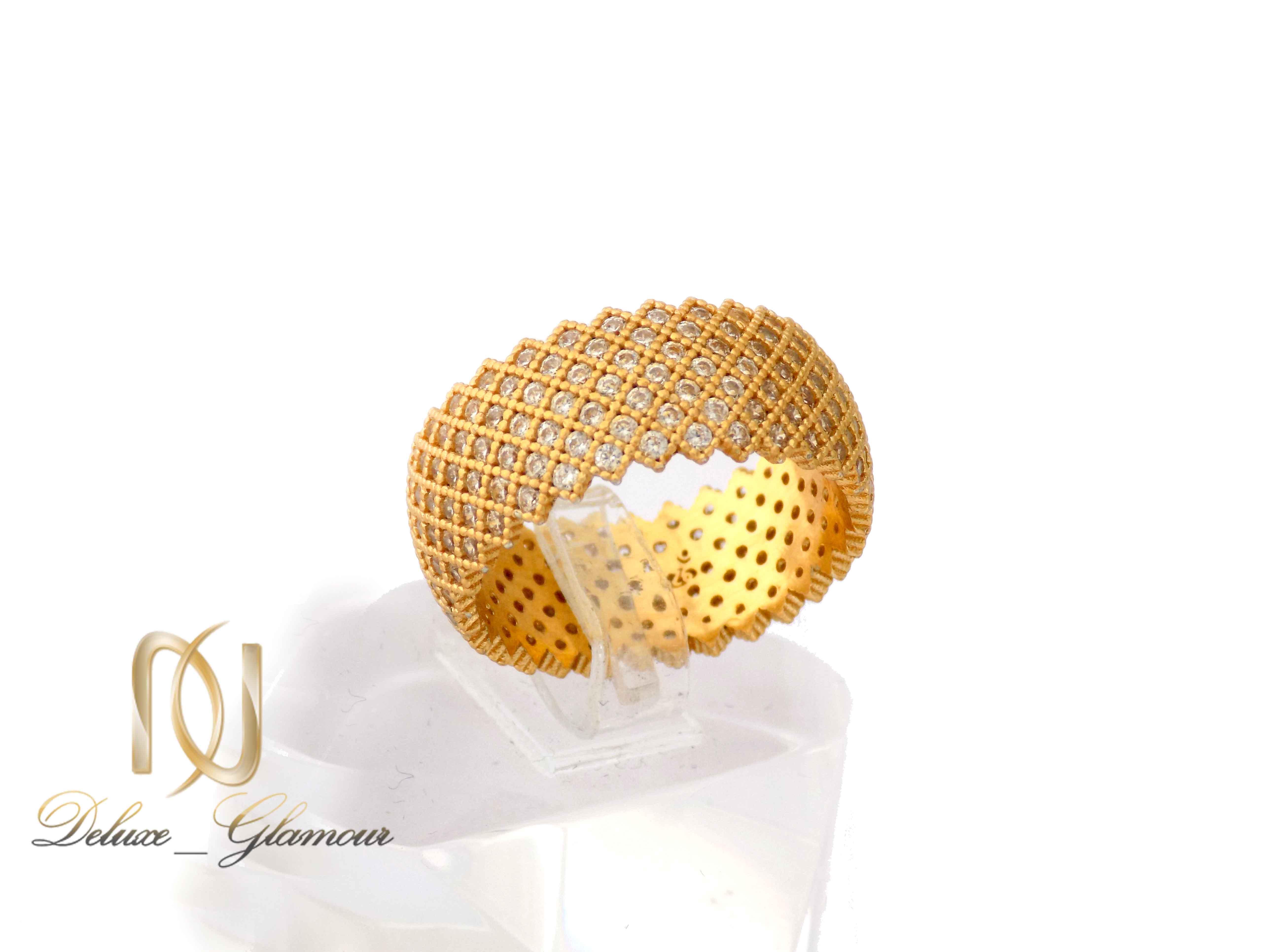 انگشتر نقره زنانه طلایی پرنگین طرح حلقه rg-n315 از نمای دور