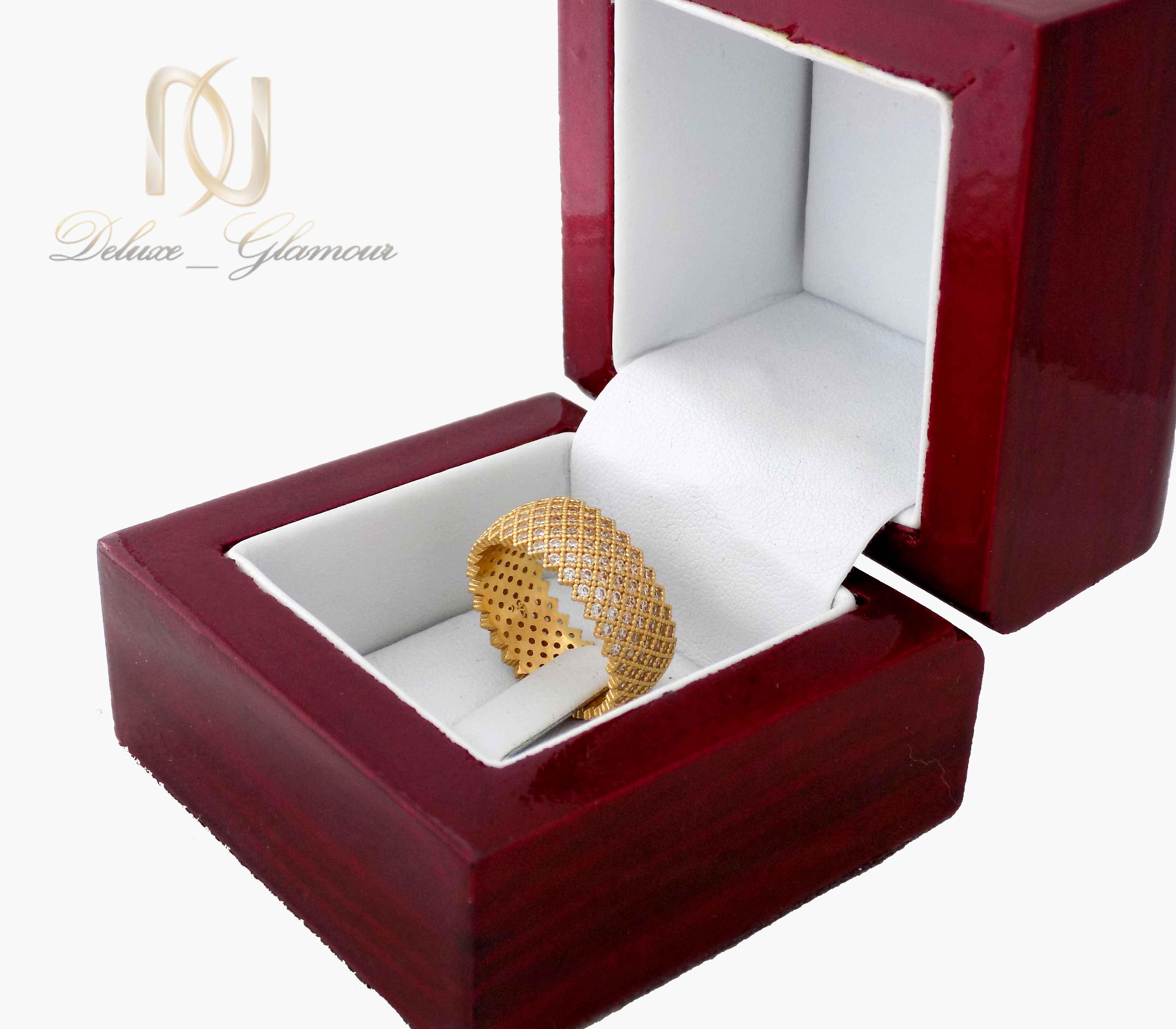 انگشتر نقره زنانه طلایی پرنگین طرح حلقه rg-n315 از نمای کنار