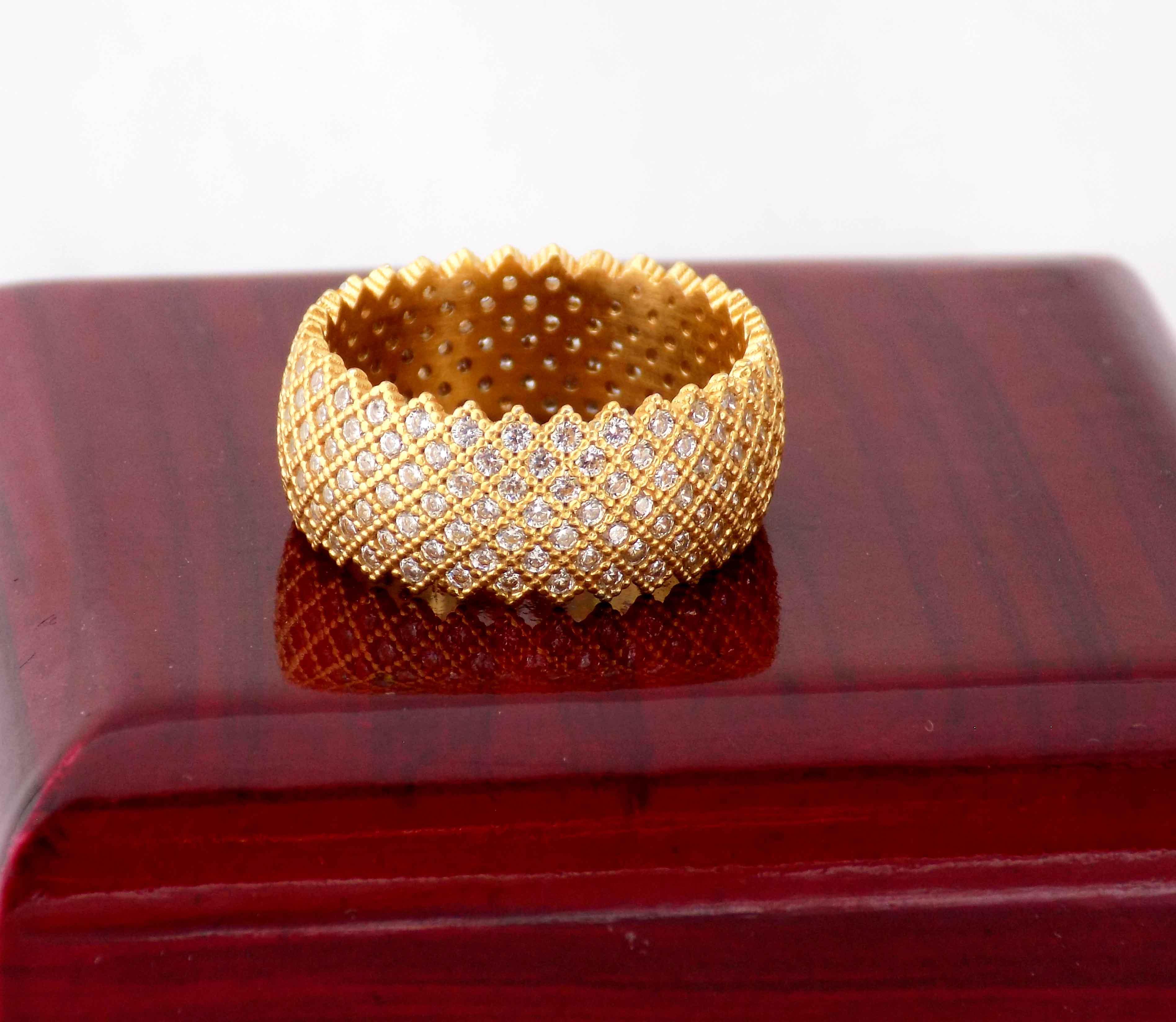 انگشتر نقره زنانه طلایی پرنگین طرح حلقه rg-n315 از نمای جدید