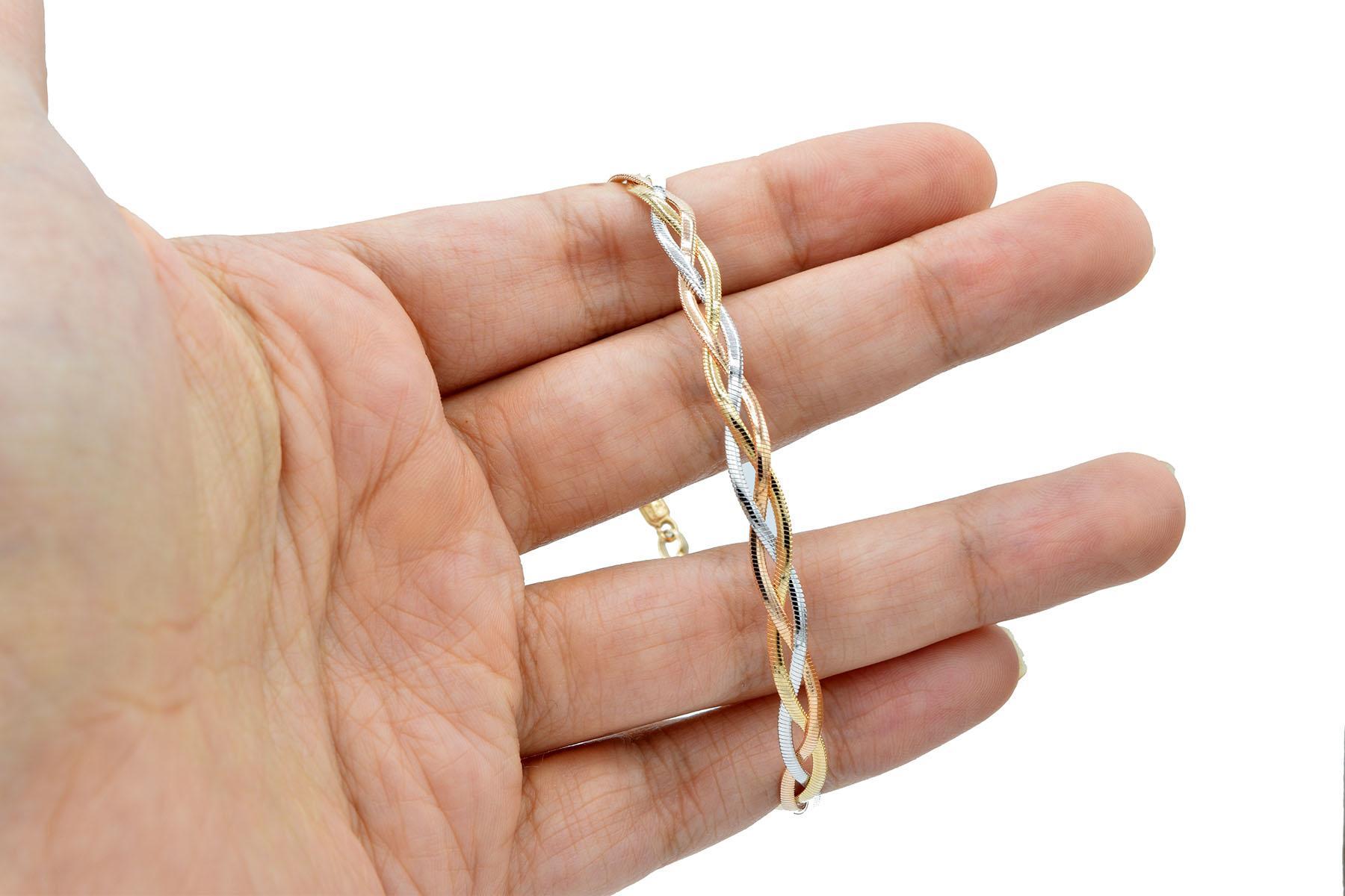 دستبند زنانه ژوپینگ طرح ایتالیایی ds-n443 از نمای روی دست
