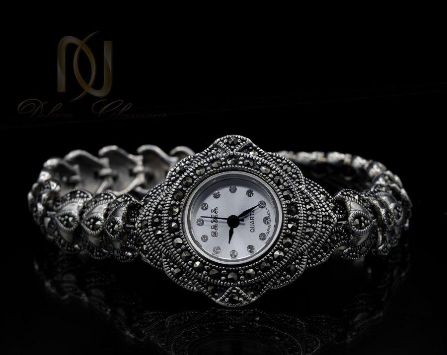 ساعت نقره سیاه قلم زنانه نگین مارکازیت wh-n138 از نمای مشکی