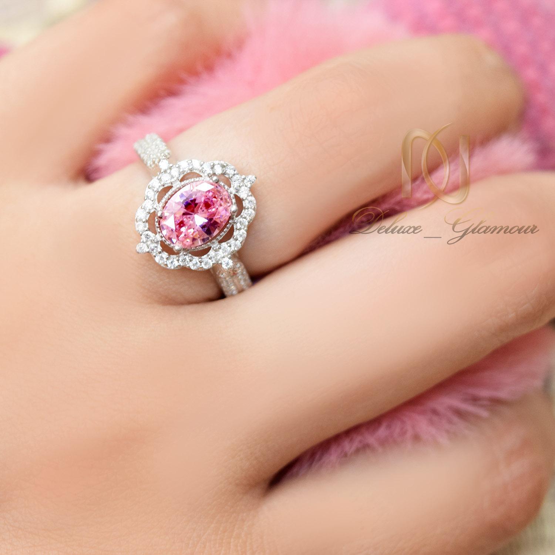 انگشتر نقره دخترانه جواهری نگین صورتی RG-N361 از نمای روی دست