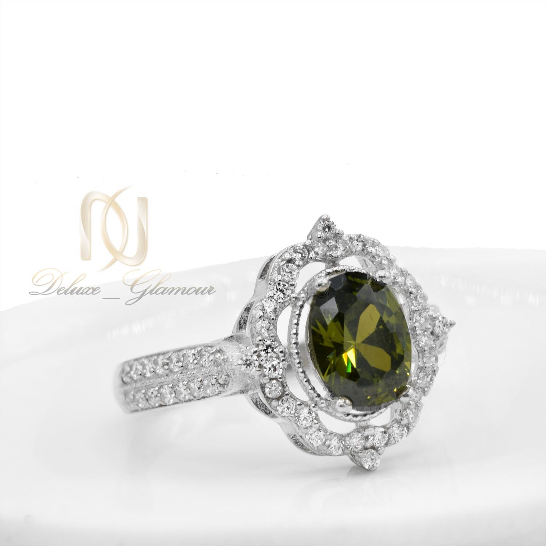 انگشتر نقره زنانه جواهری نگین سبز rg-n363 از نمای پایین