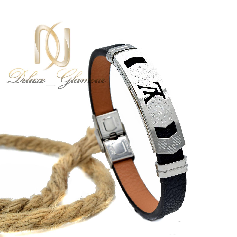 دستبند مردانه چرمی اسپرت طرح لویی ویتون ds-n466 از نمای روبرو