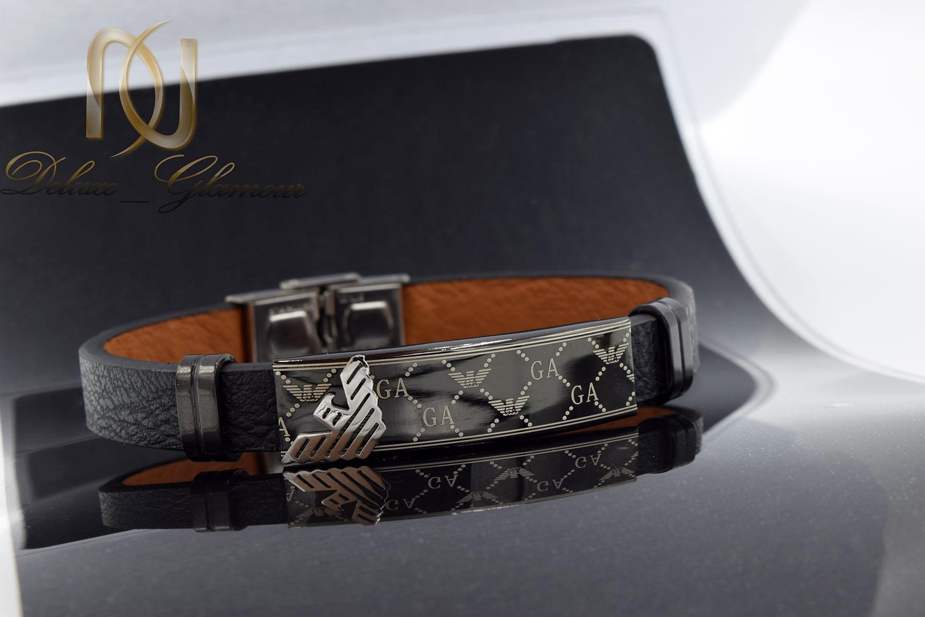 دستبند مردانه چرم طرح آرمانی تک ردیفه ds-n469 از نمای مشکی