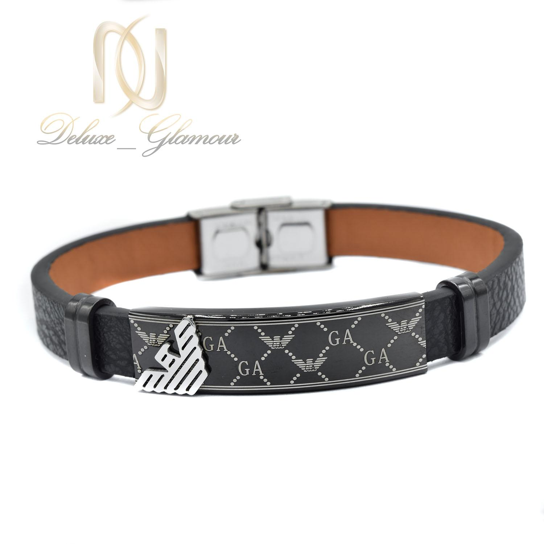 دستبند مردانه چرم طرح آرمانی تک ردیفه ds-n469 از نمای سفید