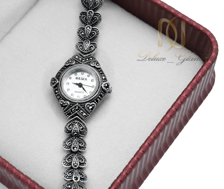 ساعت نقره زنانه طرح سیاه قلم سما wh-n141 از نمای بالا