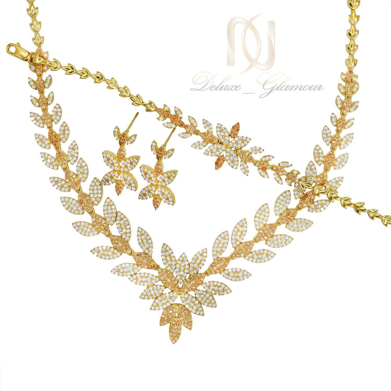 سرویس عروس نقره نگین دار طرح طلا ns-n476 از نمای سفید