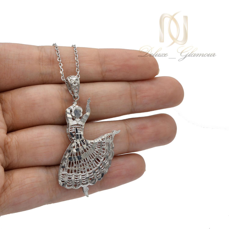 گردنبند نقره دخترانه طرح بالرین nw-n485 از نمای روی دست