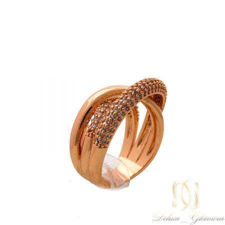 انگشتر زنانه خاص برند کلیو نگین سواروسکی rg-n394 از نمای سفید