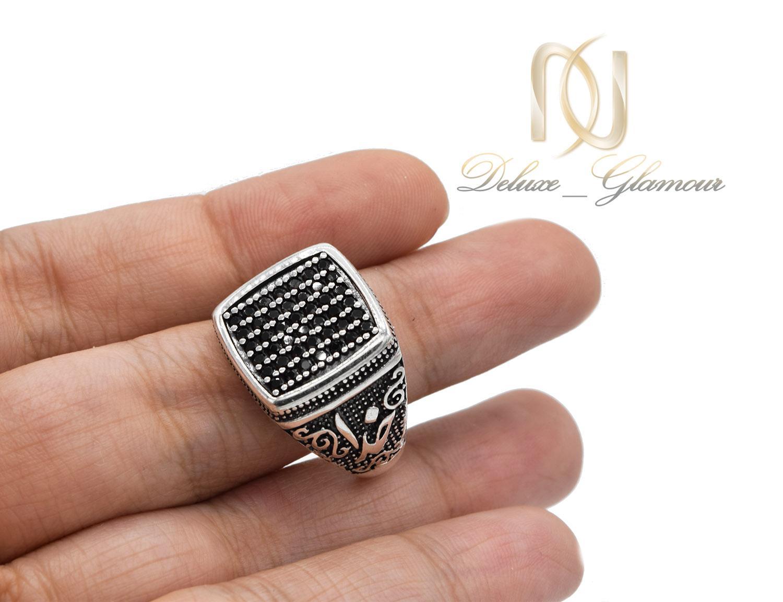انگشتر مردانه نقره اسپرت طرح خدا rg-n383 از نمای روی دست