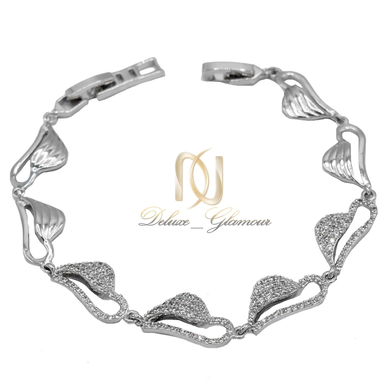 دستبند دخترانه استیل طرح برگ نگین دار ds-n484 از نمای سفید