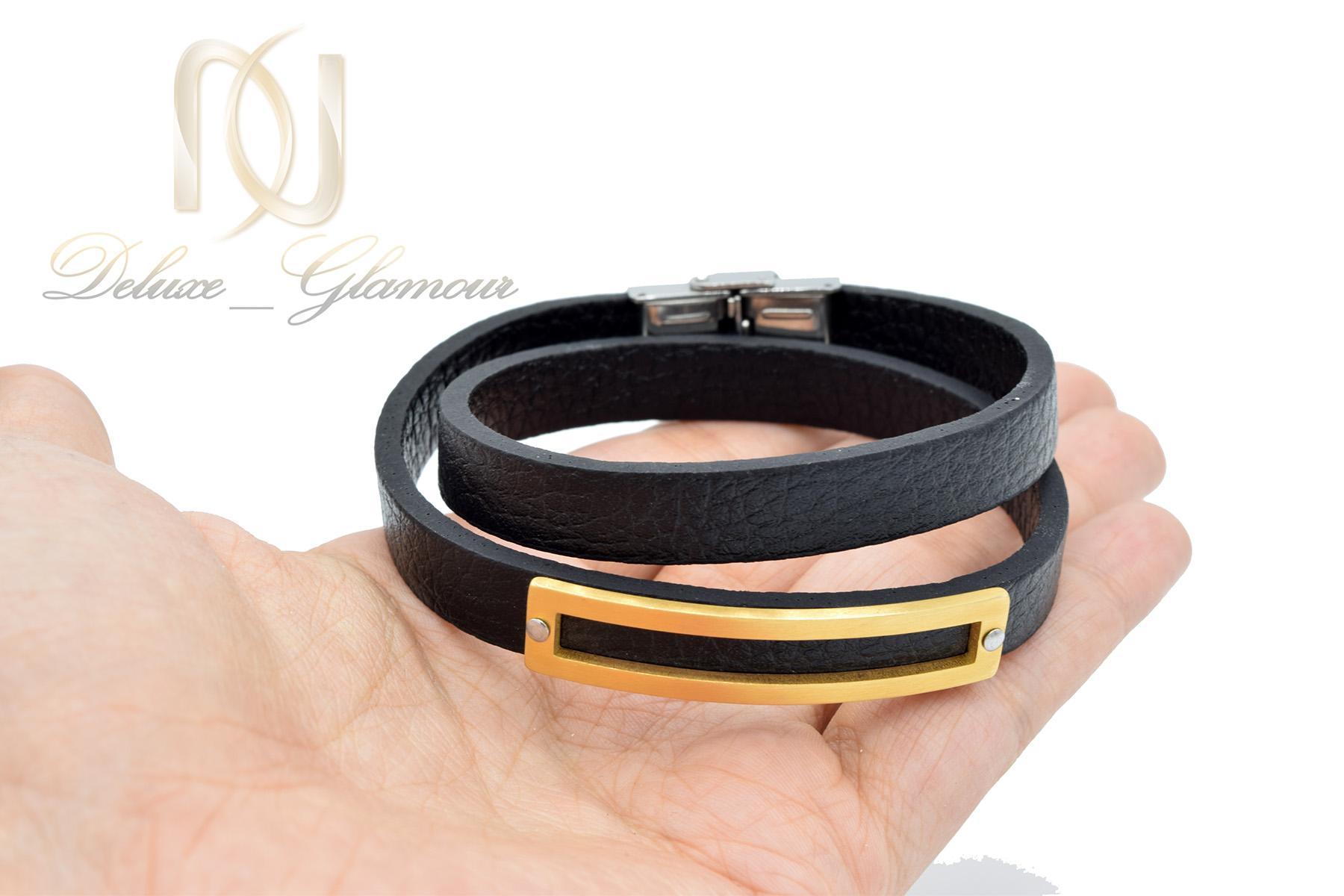 دستبند مردانه چرمی اسپرت دو ردیفه مشکی ds-n478 از نمای روی دست