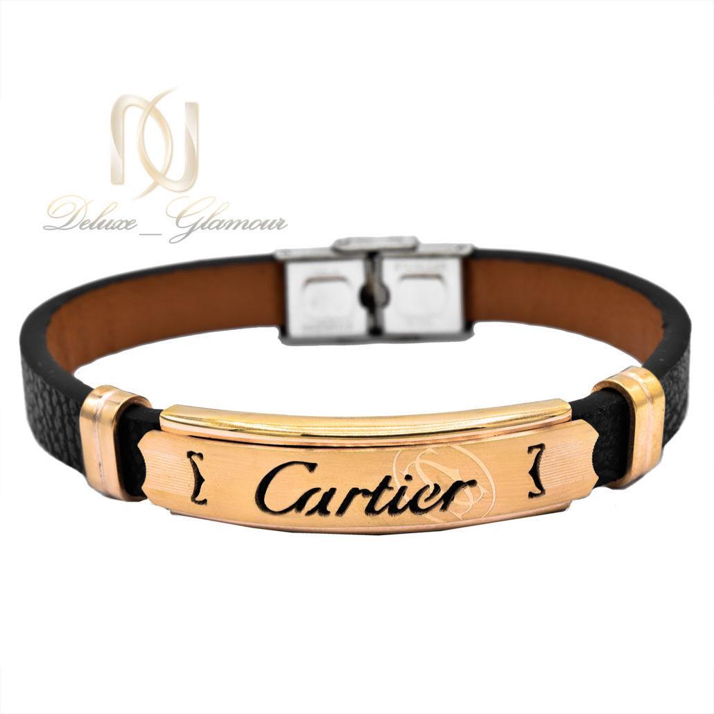 دستبند مردانه چرم طرح کارتیه رویه استیل ds-n488 از نمای سفید