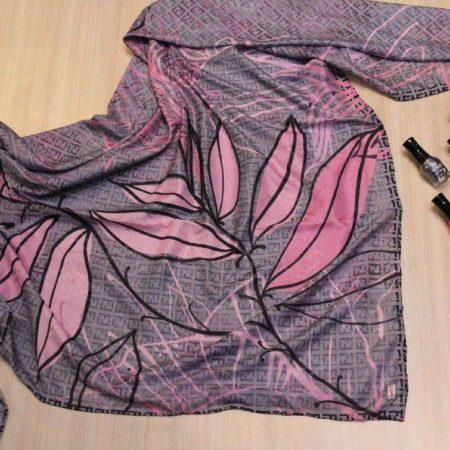 روسری نخی قواره بزرگ بهاری sr-n308 از نمای روبرو