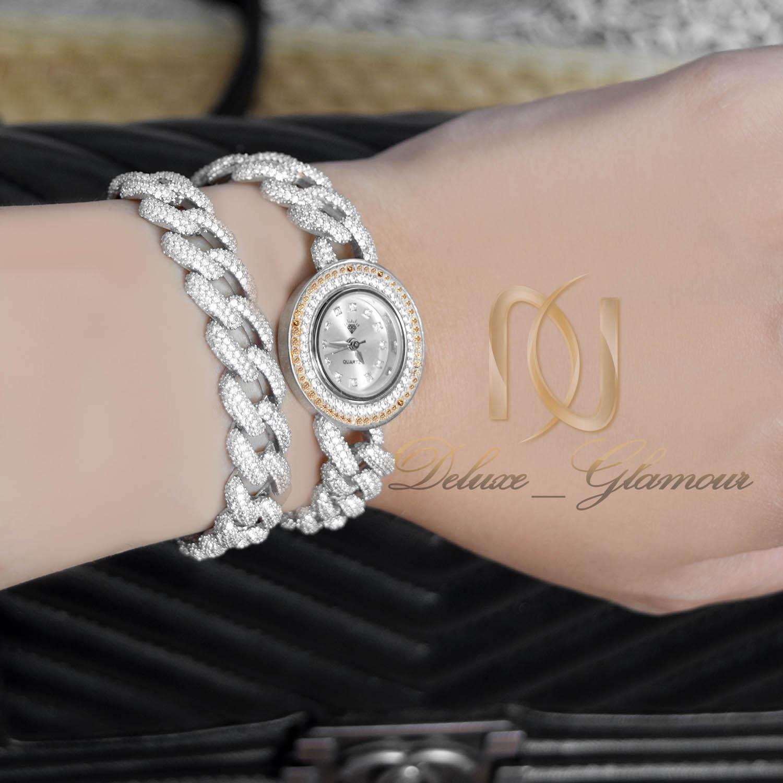 ساعت نقره زنانه طرح کارتیه دو رنگ wh-n150 از نمای روی دست