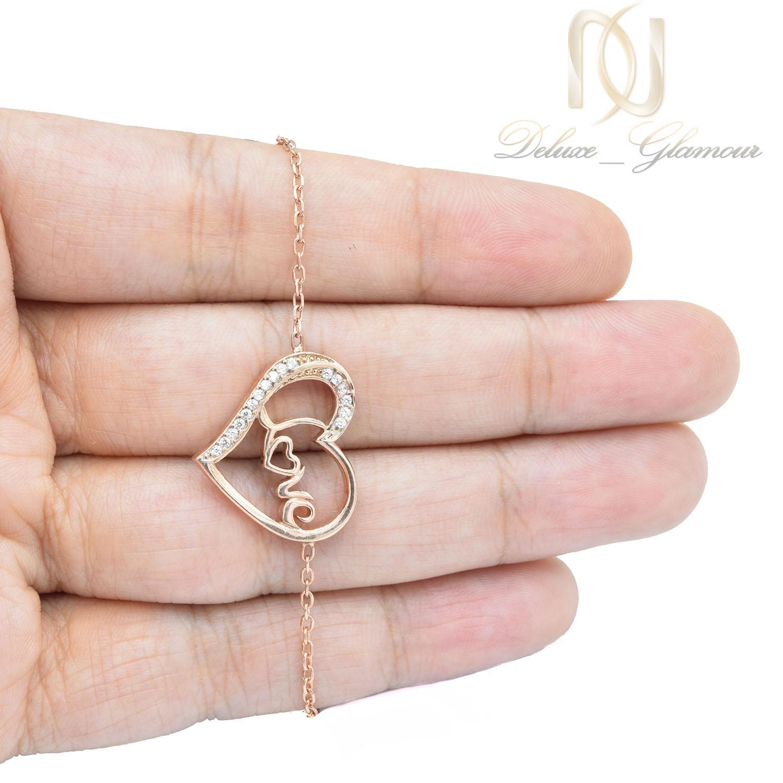 دستبند دخترانه طرح love نقره ds-n015 - عکس روی دست