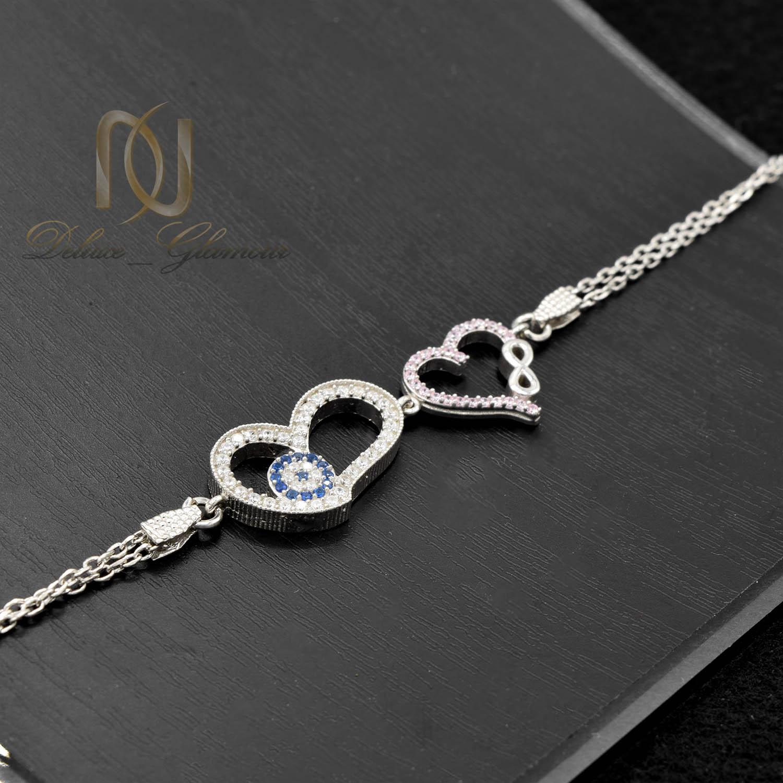 دستبند دخترانه نقره ظریف نگین دار زنجیری ds-n471 از نمای مشکی
