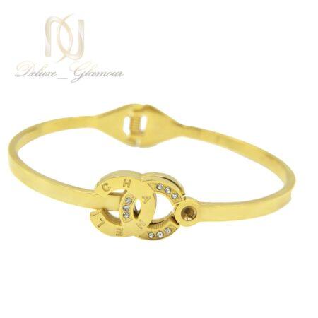 دستبند زنانه طرح چنل استیل طلایی ds-n496 از نمای سفید