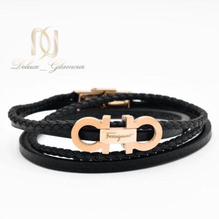 دستبند مردانه چرمی چهار ردیفه فریگامو ds-n501 از نمای روبرو