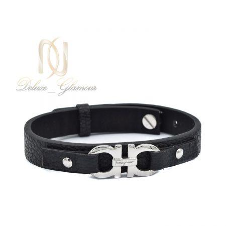 دستبند پسرانه اسپرت چرم طرح فرگامو ds-n492 از نمای سفید