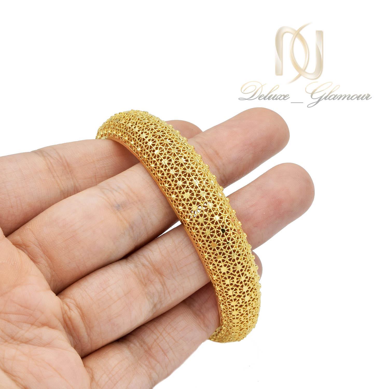 دستبند زنانه برنجی طرح طلا فری سایز ds-n477 از نمای روی دست