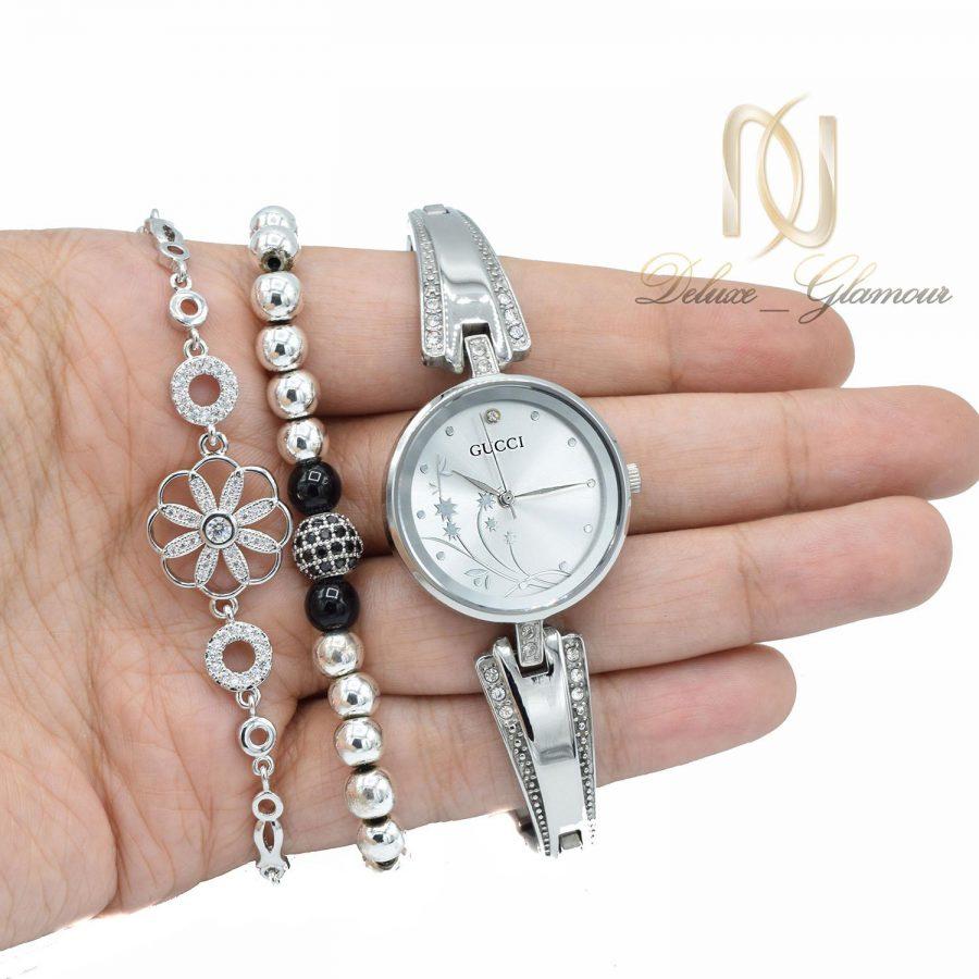 ست ساعت و دستبند زنانه SE-N302 از نمای روی دست