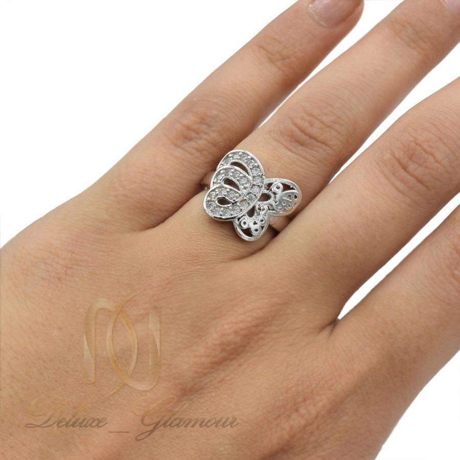 انگشتر دخترانه طرح پروانه rg-n438 از نمای روی دست