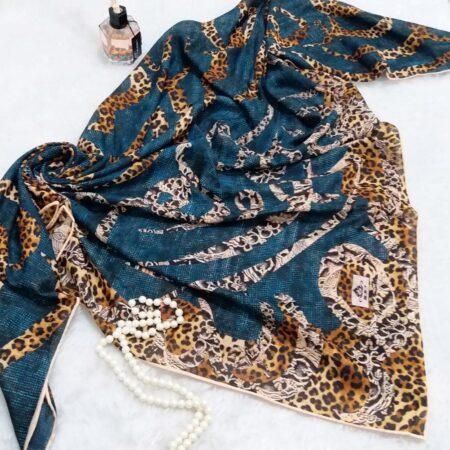 روسری نخی دور دوخت زنانه sr-n330 از نمای نزدیک