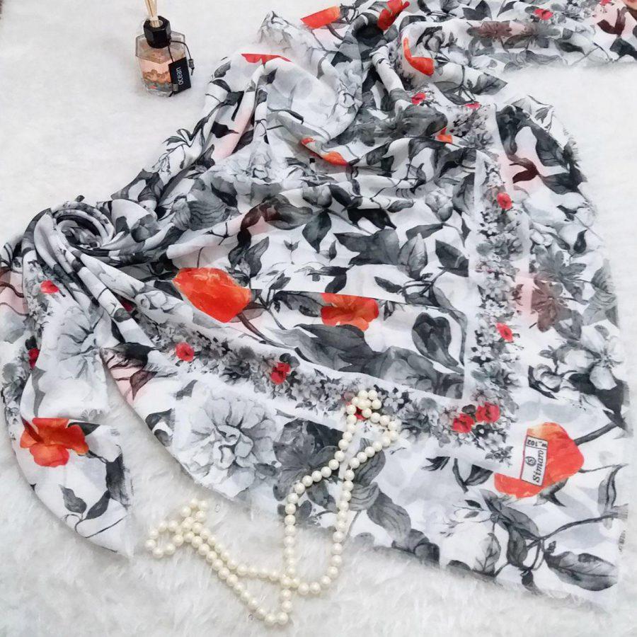 روسری نخی قواره بزرگ تم سفید sr-n335 از نمای بالا