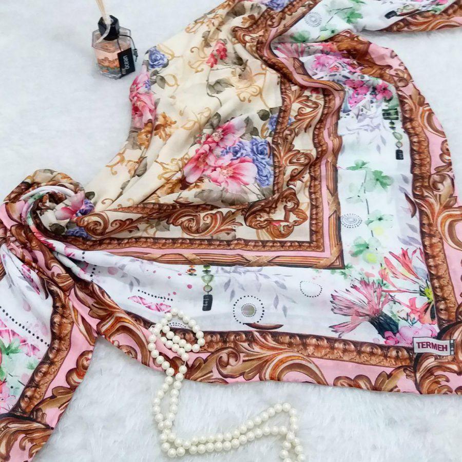 روسری نخی قواره بزرگ دست دوز sr-n351 از نمای بالا