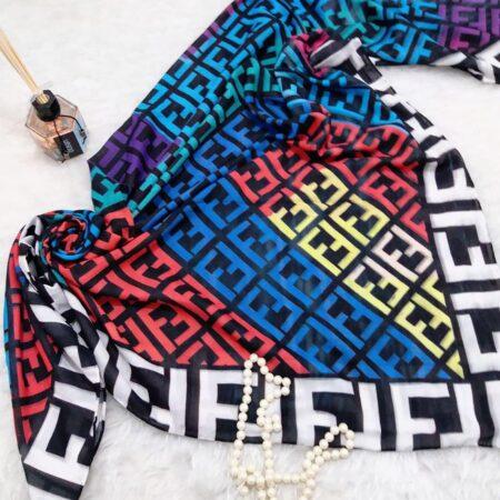 روسری نخی قواره بزرگ زنانه sr-n362 از نمای نزدیک